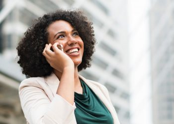 Safaricom competitors are eating into its market share despite its offering discounted rates on voice calls. Safaricom's voice traffic market share dropped to 65.7 per cent from 66.5 per cent registered during the third quarter www.exchange.co.tz